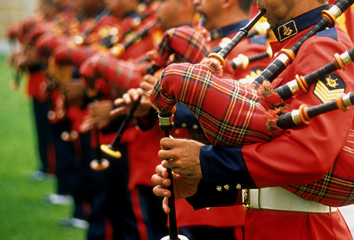 Top 7 Best Bagpipes of 2021 Reviews