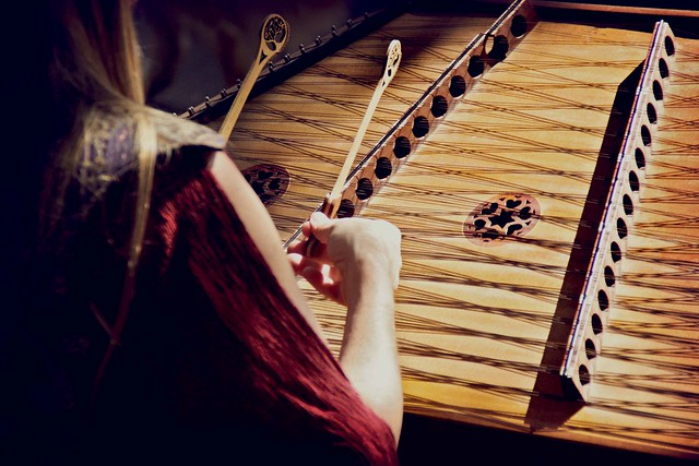 Top 8 Best Hammered Dulcimers On The Market 2020 Reviews