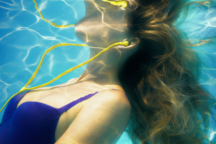 Best Waterproof Headphones – Top 10 Rated Reviews & Buying Guide