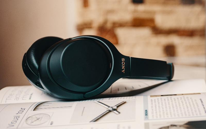 Best Bluetooth Headphones for Commuting
