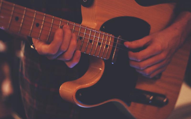 Best Left-Handed Bass Guitar Review