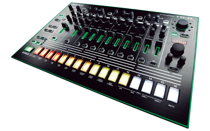 Roland Aira TR-8 Rhythm Performer Review