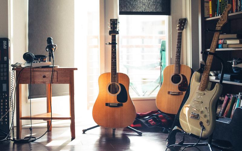 Top Best Guitar Brands of 2021 You Should Buy