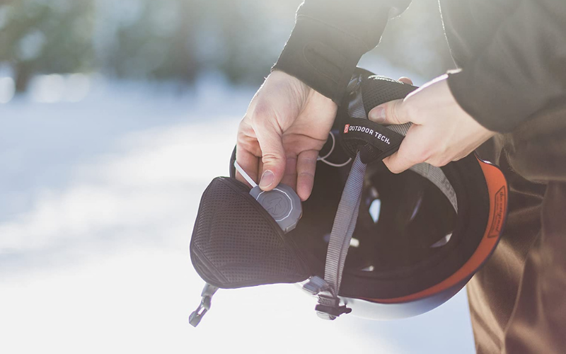 Best Headphones for Skiing or Snowboarding Buying Guide