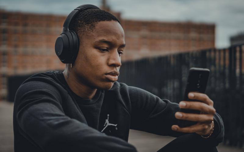 Drawbacks of Noise Cancelling Headphones