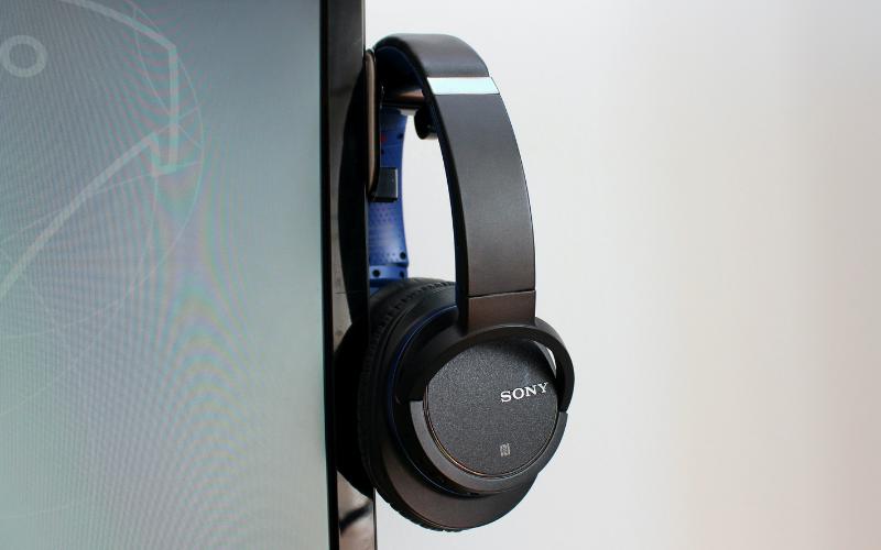 How to reset Sony Bluetooth headphones