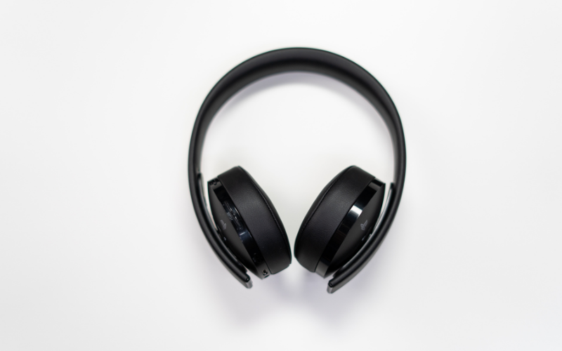Why You Shouldn't Buy Bluetooth Headphones