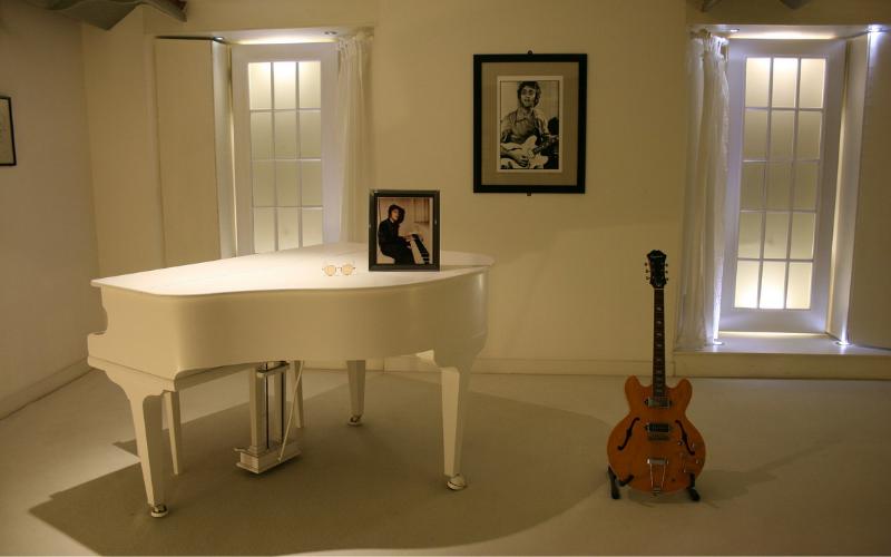 Guitar vs. Piano