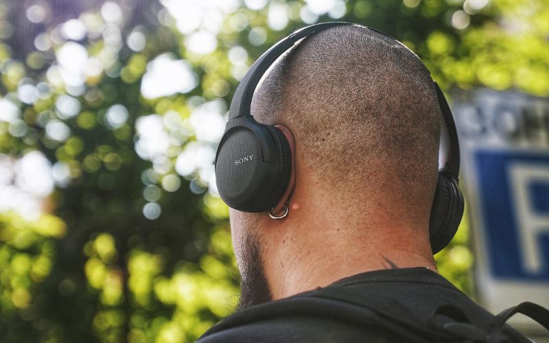 In-Ear vs. On-Ear vs. Over-Ear Headphones – Which Type is the Best?