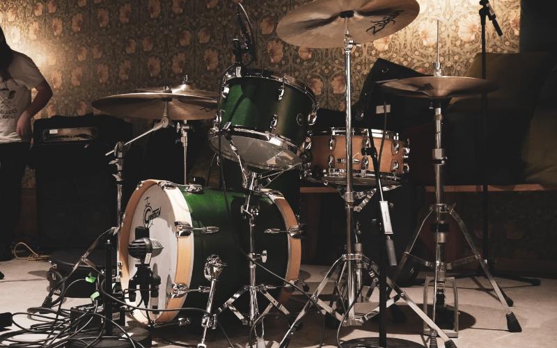Benefits of Using Drumless Tracks