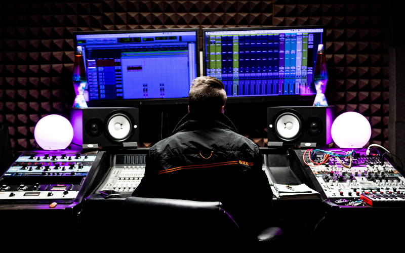 6 Steps to Start Your Music Career