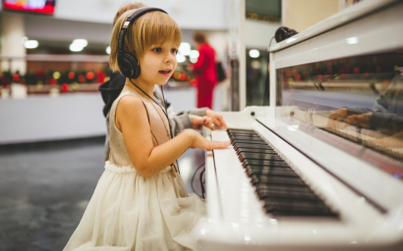 Easy Piano Songs for Kids – Top 6 Easiest Songs to Play