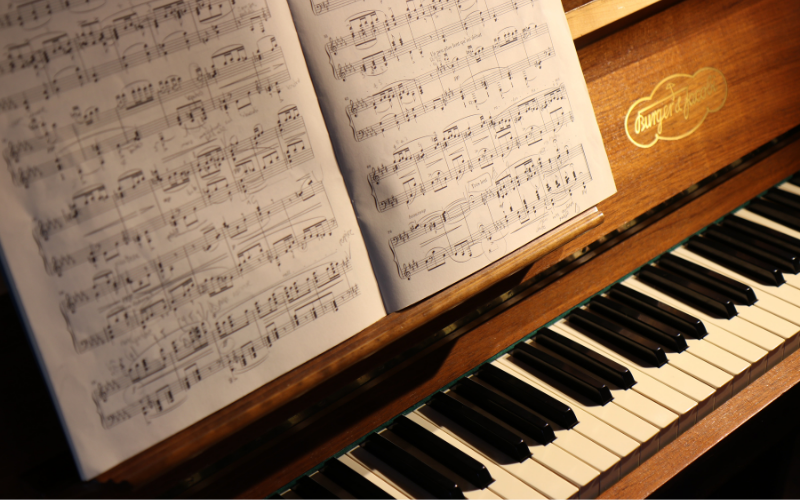 How to Teach Yourself Piano at Home