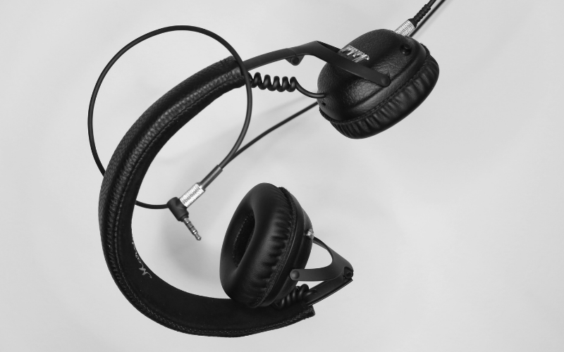 How to Repair Your Frayed or Broken Headphone Wires