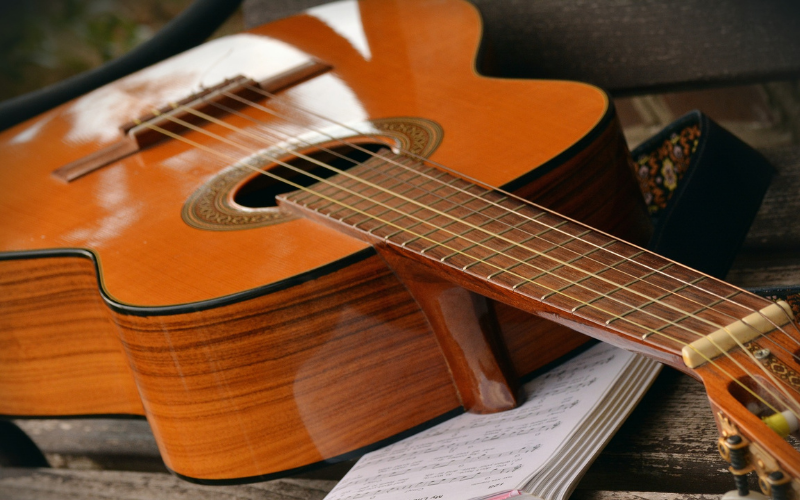 The 8 Best Places to Buy Guitars Online