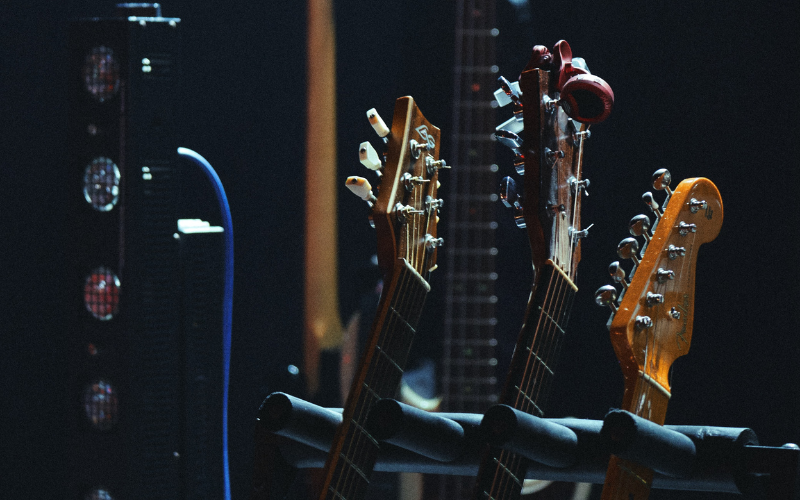 Most Common Guitar Neck Shapes – 8 MainStandard Types