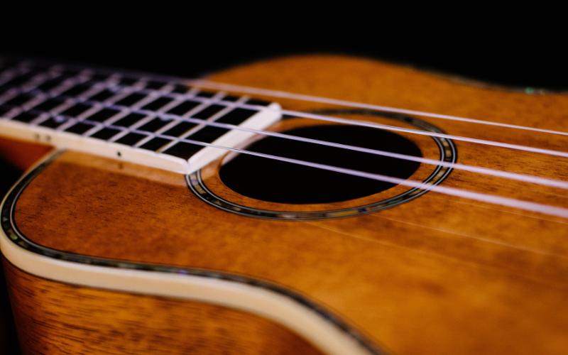 How to restring a ukulele